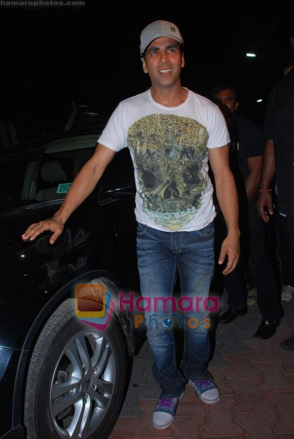 Akshay-Ash at Zee TV's 'Action Replayy' Diwali show