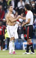 Cristiano Ronaldo shirtless at the Real Madrid/AC Milan match