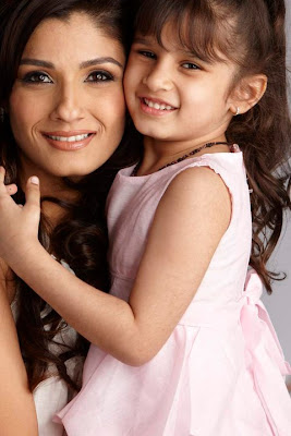 Raveena With Her Kids on The Cover of Parenthood