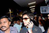 Shahrukh Khan, Priyanka Chopra and Shahid return from South Africa Concert