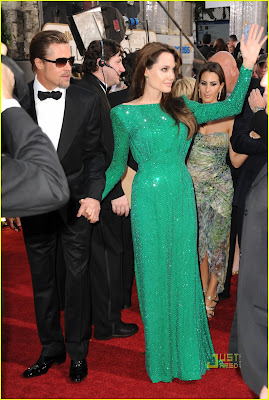 Angelina Jolie and Brad Pitt in Golden Globes 2011 On Red Carpet images