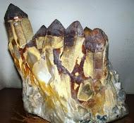 Drusa de Cuarzo con Hematite