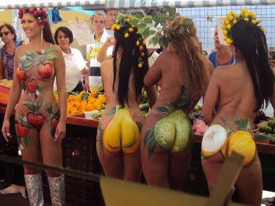 de tevê mostrou mulheres-fruta quase nuas em plena feira livre de ...
