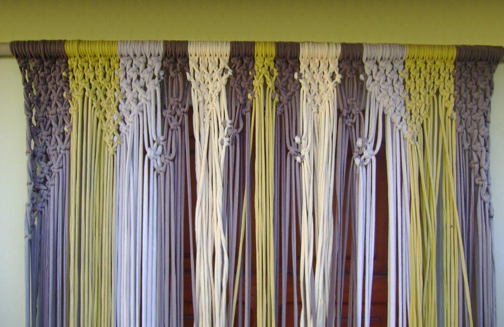 Hilos y nudos trabajos en macram cortina en hilo de for Cortinas de hilos