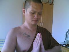 Berdoa dengan perenungan konsentrasi pikiran yang tenang