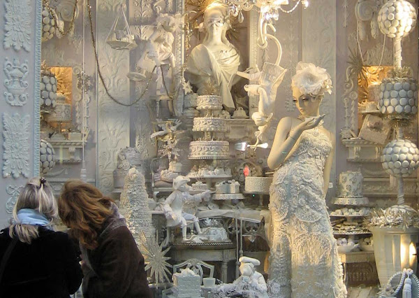 Bergdorf Holiday Window 2008 1 - Bergdorf Goodman 5th Ave. window, December 2008.