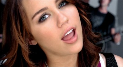 [miley-cyrus-7things-music-video-28june08-3.jpg]