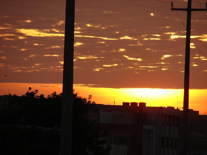 Ultimos Avistamientos Ovni 5/febrero/2010 ''OVNI negro a la izquierda''puesta de SOL'' X Rodolfo Tr