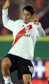 Rubens Sambueza, do River, pode vir para o Flamengo