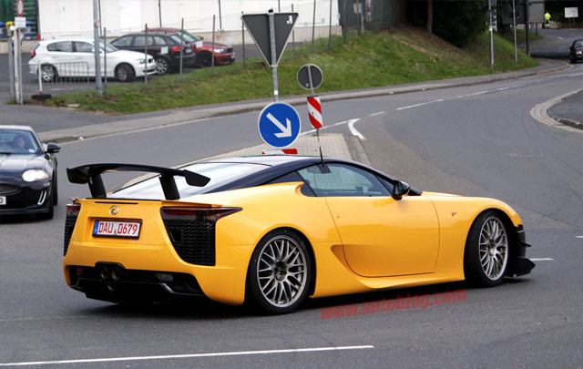 lexus lf-a ecco i prezzi | autostyle
