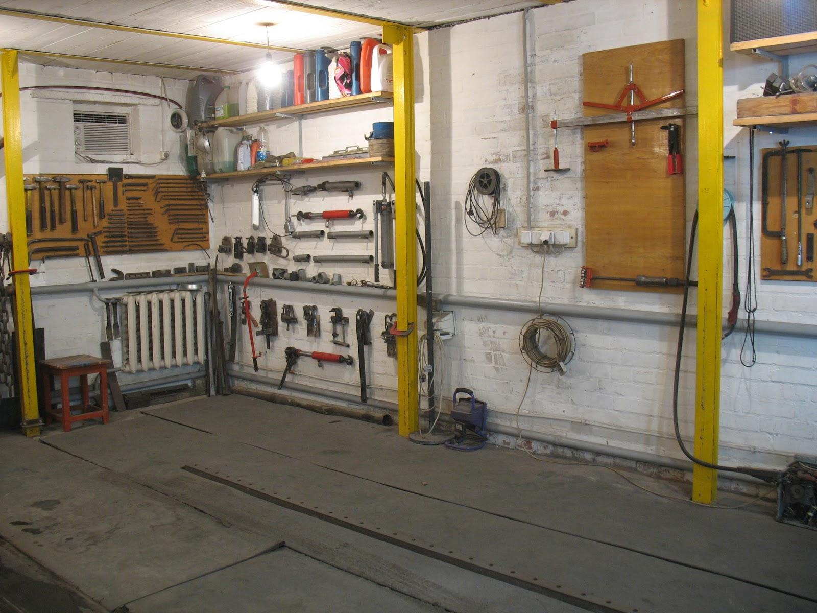 Стапель в гараже