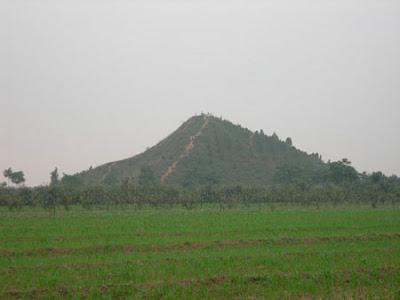 пирамида Востока