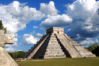 Чичен Итца, пирамиды