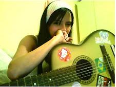 Você é o cheiro bom da madeira do meu violão!