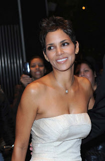 Halle Berry hot tits boobs