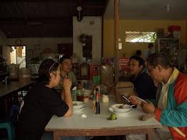 Makan siang bersama Shihan DR.Erwin
