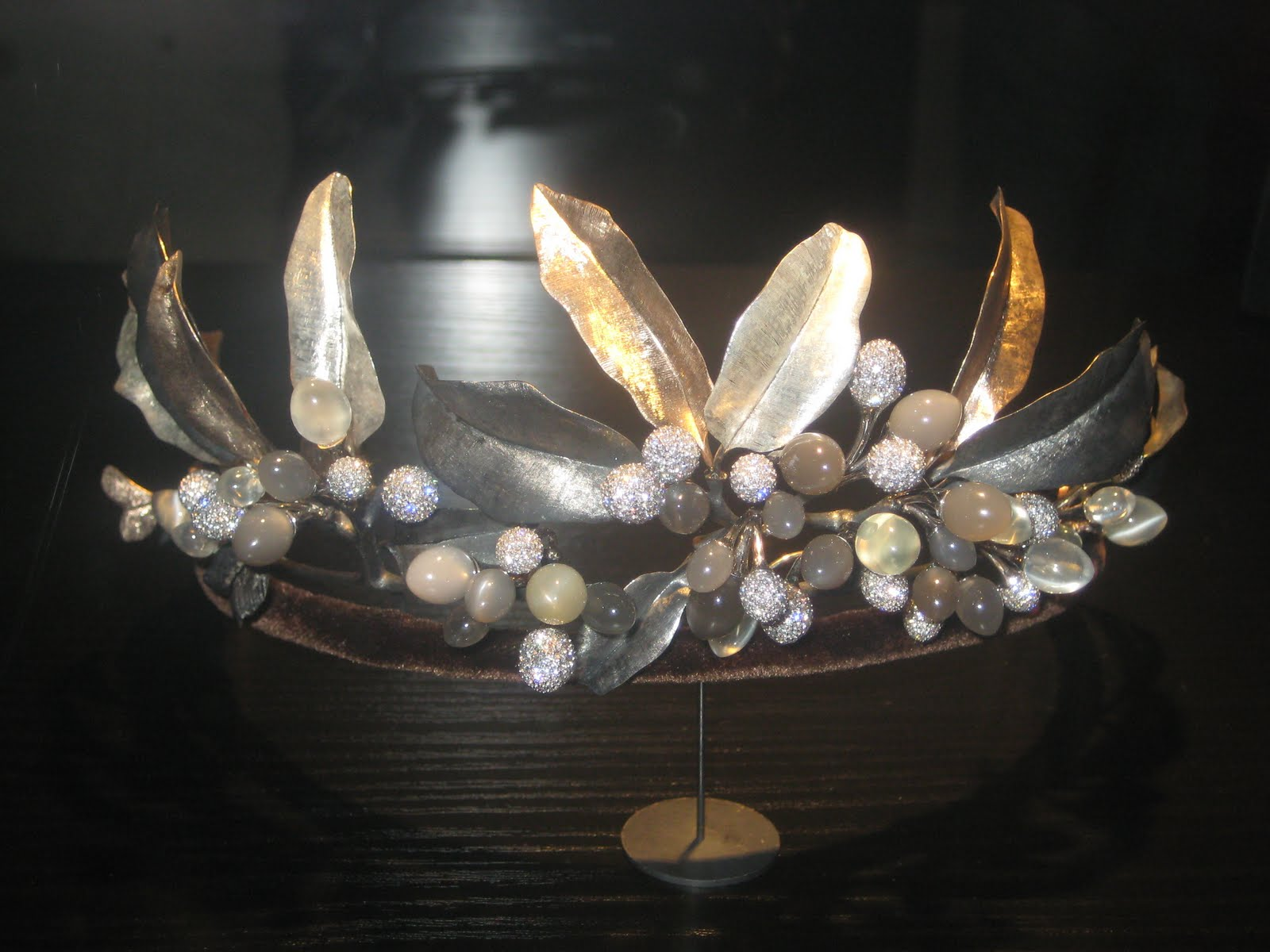 Trond Norén Isaksen: Royal jewels: The Midnight Diadem