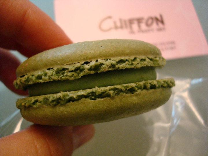 Chiffon de Pastry Art: Green Tea Macarons