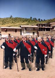 ABUELITOS DE QUIPAN - CANTA
