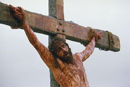 """""""É na Cruz que o Santo Amor, a alma amante purifica."""""""