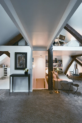 Romantic attic Classic Design in Paris