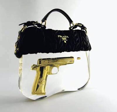 Handbags  Purses on 12 Strangest Handbags And Purses   Unusual Things