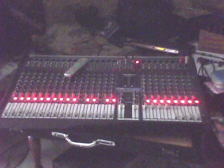 mixer 24 Ch