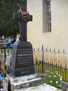 Blessed Damien's Grave