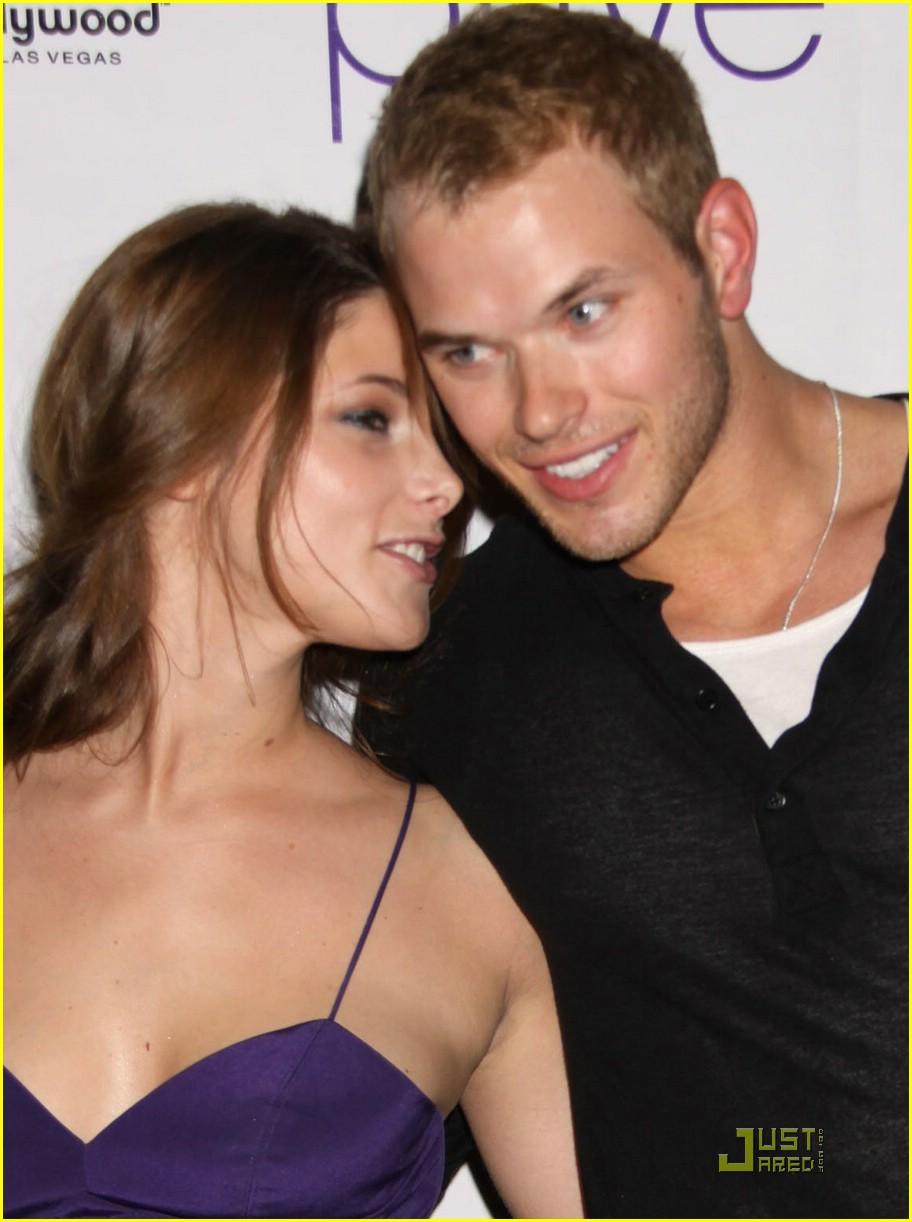 Ashley greene and kellan lutz dating 2010