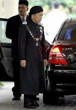 TG Nik Abdul Aziz