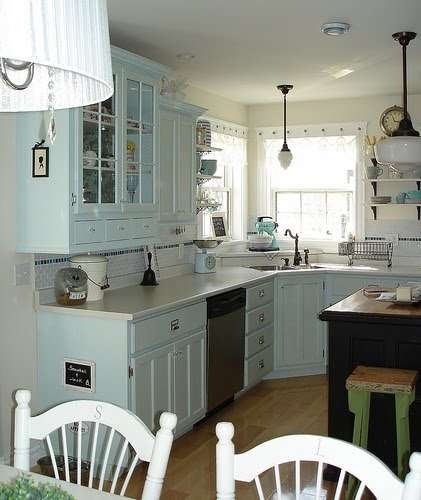 Luv Decorating: Duck Egg Blue