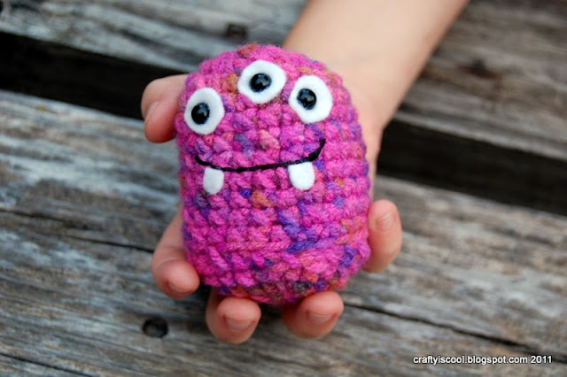 free crochet patterns: baby monster&#8217;s guide to basic amigurumi