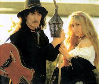 Juju's lab ou les tests de notre guitariste forumeur préféré - Page 3 Blackmore%27s+Night-+Ghost+of+a+rose-Ritchie-Candi