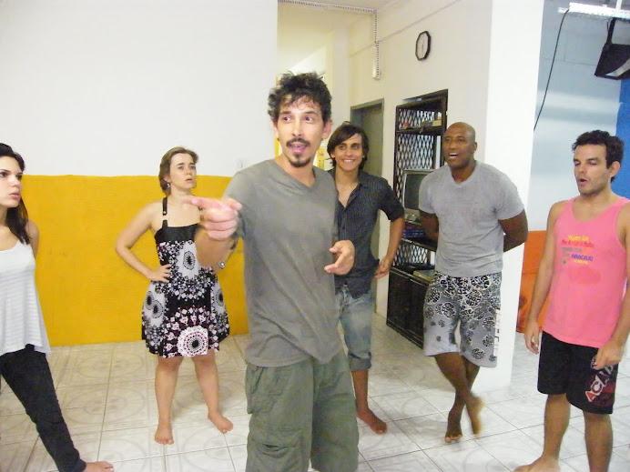 A AULA De PERCURSSÃO CORPORAL  sob o comando do professor argentino Diego