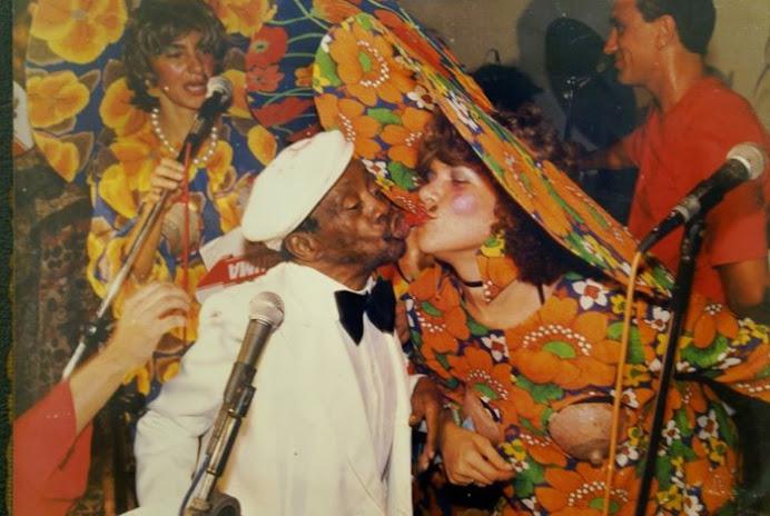 Em 1989, Rada e Grande Otelo apresentam o baile da Atrizes de Salvador