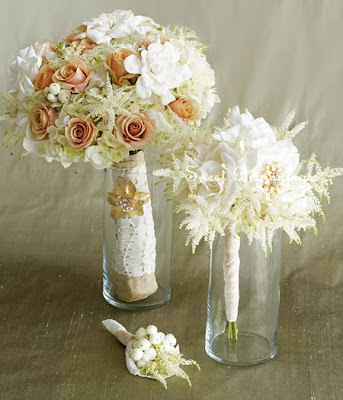 The shape of your wedding bouquet is actually depending on the style that