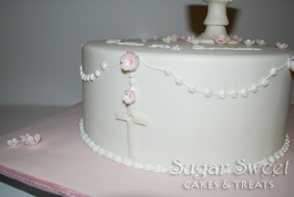 Cake Decoration Rosary Beads : 1st Communion Cake with Rosary and Chalice Sugar Sweet ...