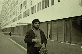 1967 - França - exílio