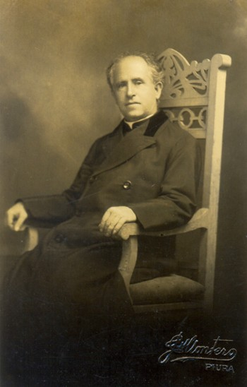 Monseñor Fortunato Chirichigno