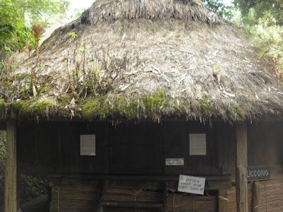 Luccong HutTam-awan Village