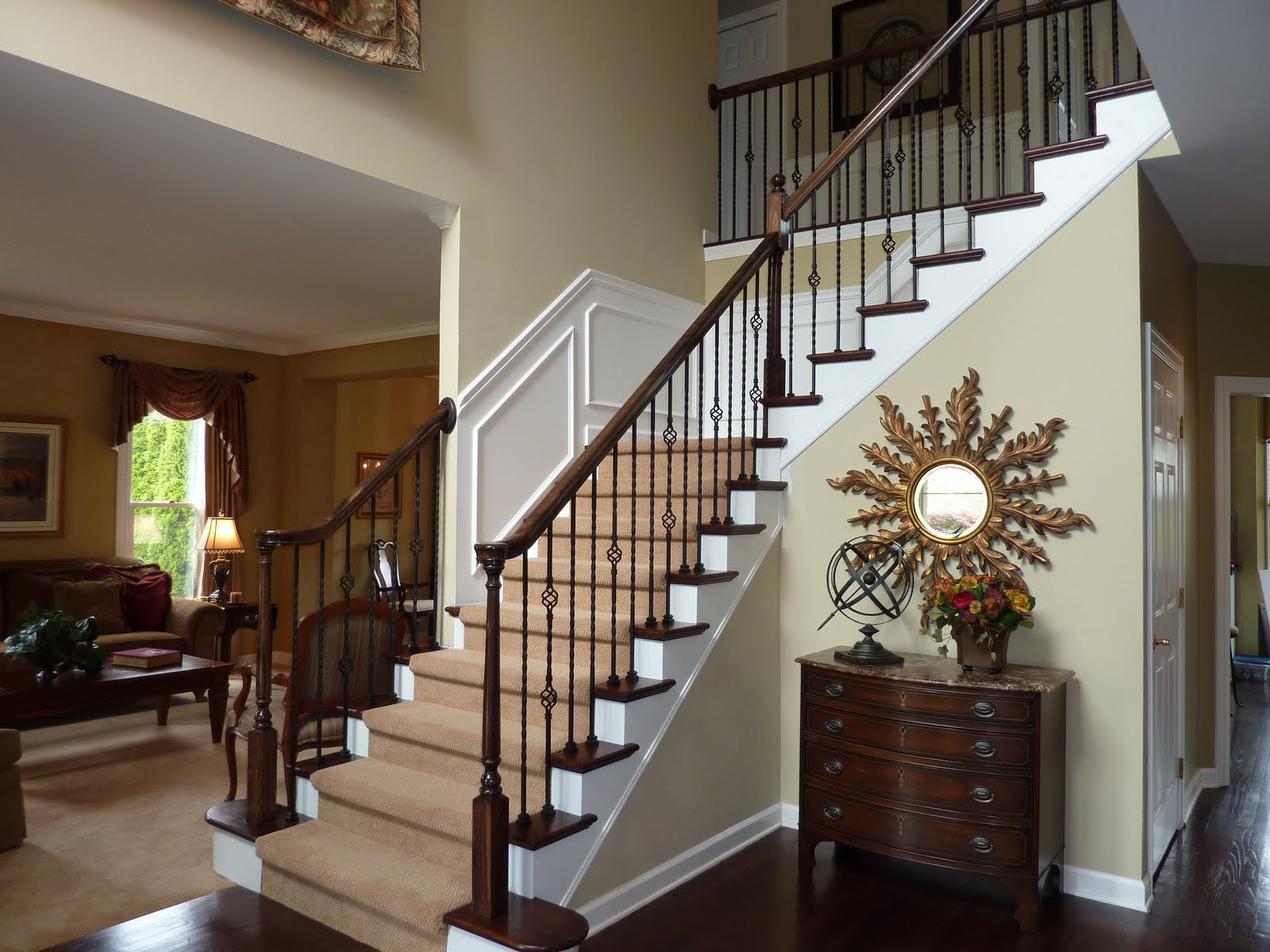 CASHING IN ON REAL ESTATE & DESIGN: Elegant Foyer Transformation