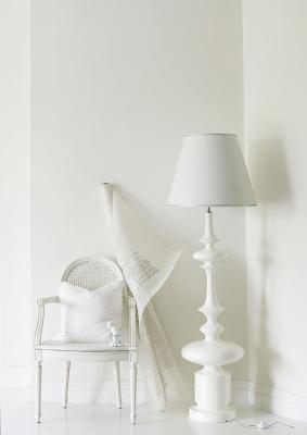 http://3.bp.blogspot.com/_JwKcIkr8tIo/Smz0SNMEeMI/AAAAAAAAGGw/m2vw7kbTqwA/s400/o-all-white-interior.png