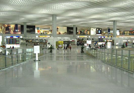 Hong+Kong+Airport+4 10 Bangunan Terluas di Dunia