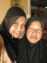 bersama ibuku tercinta