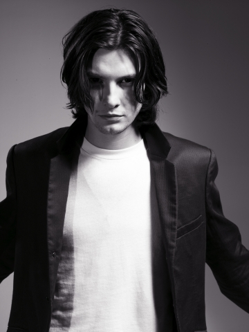 Kurt Harman Photoshoot-ben-barnes-1303603-360-480