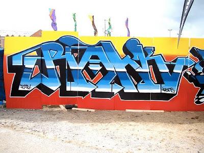 alphabet graffiti, arrow graffiti, graffiti letter