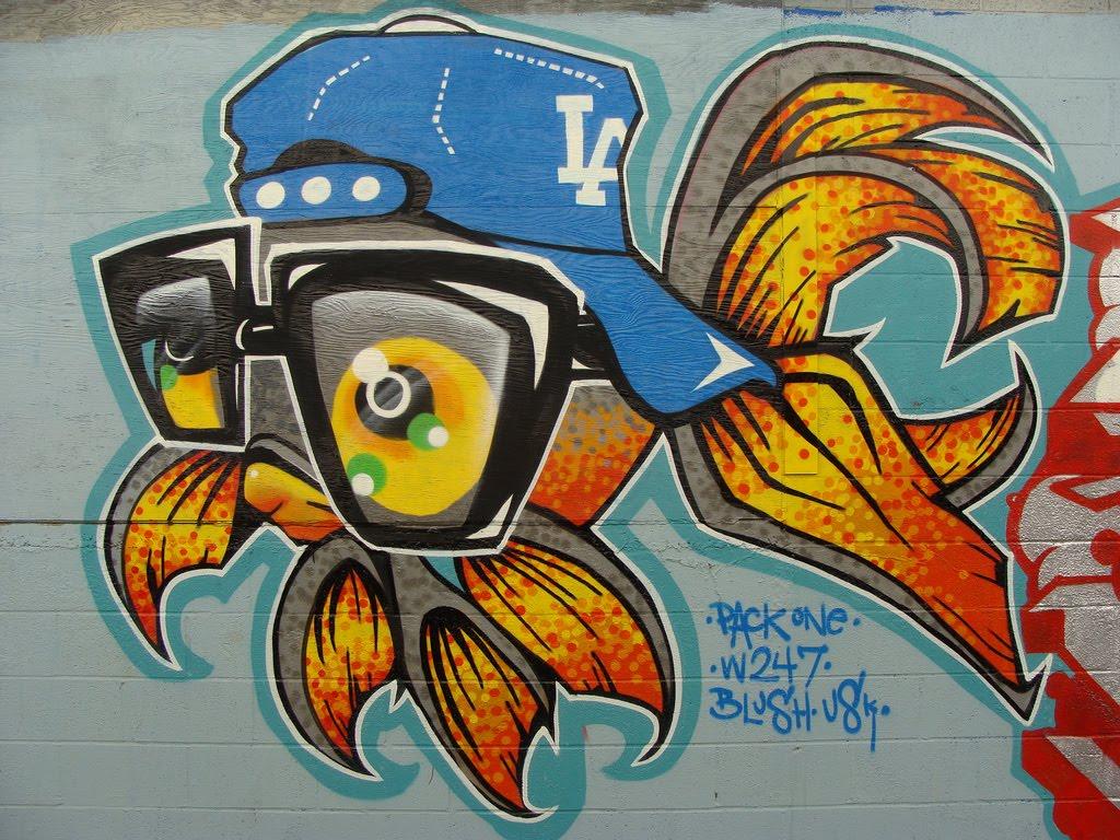New Art Graffity Paint: Graffiti animals >> Fish graffiti art with ...