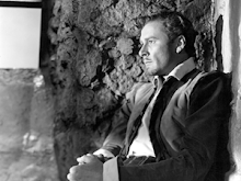 Errol Flynn as Essex - a favorite picture of my favorite movie star