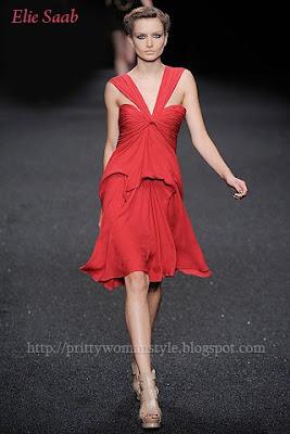 червена вечерна рокля