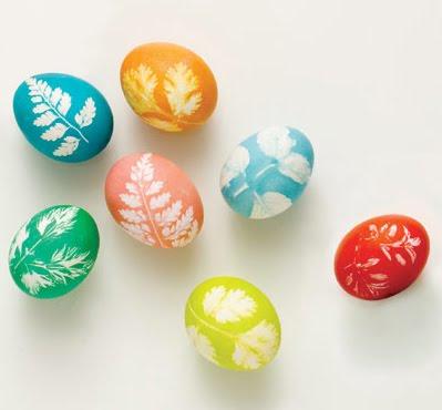 великденски яйца с листа